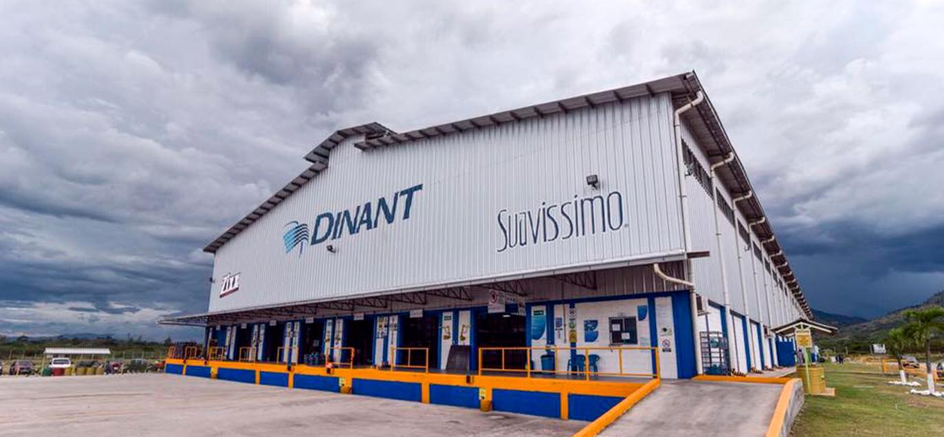 Dinant inaugura la ampliación de  moderna planta de su división de Homecare