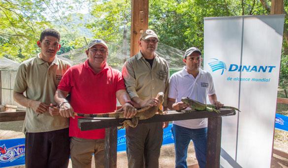 Dinant- Liberación de Iguanas Zacate Grande